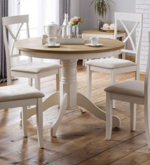 Devenport table and 4 chairs